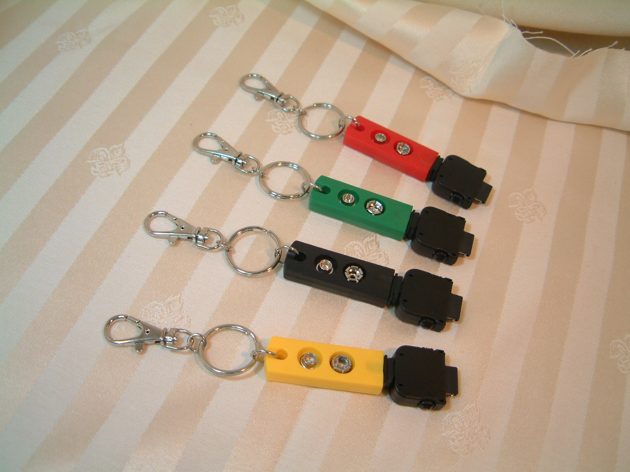 Key Chain mobile phone Emergency Traveling Charger