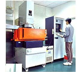 CNC放電加工