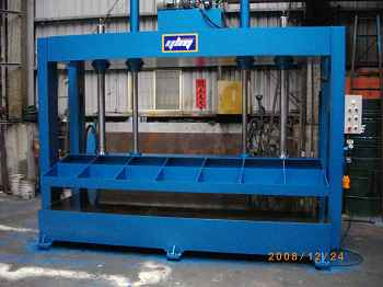 Plate hydraulic presses
