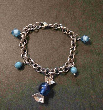 金屬吊飾手鍊