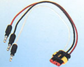 Three Wire (Two Hot ,One Ground) Triple Seal Plug For Use On LED Lights.